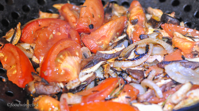 Grilled onion, mushroom, tomatoes, rosemary and a bit of oil