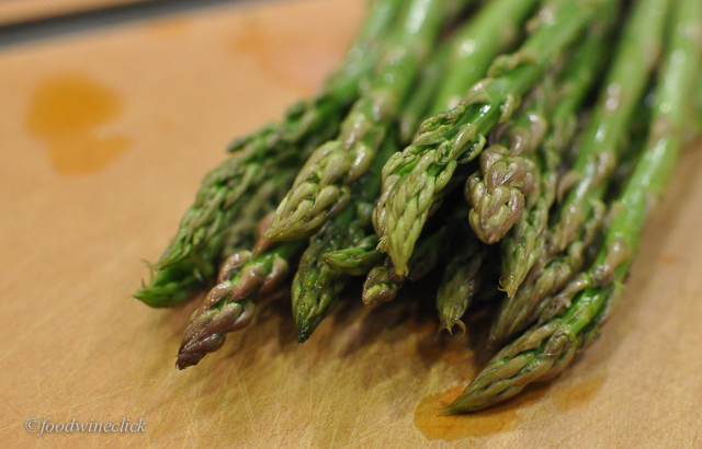 I actually don't like asparagus, but it looks nice and Julie loves it.