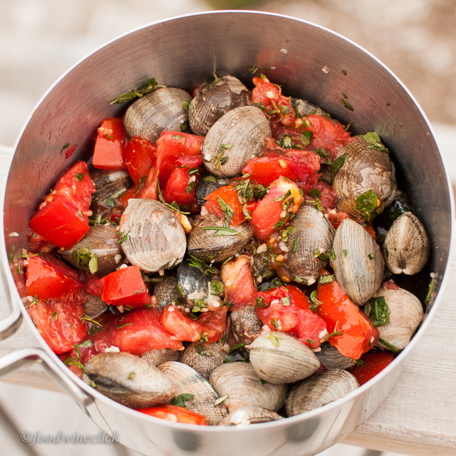 manila clams, oregano, thyme, rosemary, tomatoes