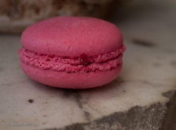 Purity of a single macaron