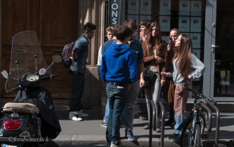 Paris High School students on break: too cool.