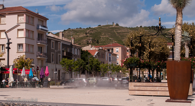 Tain L'Hermitage has a nice town square
