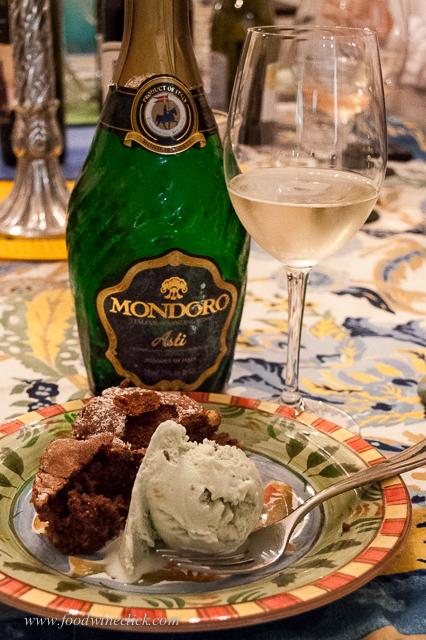 Dolce: chocolate cake with pistachio gelato