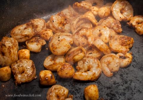 Shrimp, calamari, & mini scallops