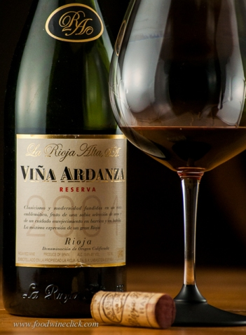 A classic Rioja made from Tempranillo (and a bit of Garnacha)