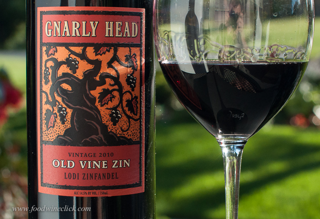 Nice example from the ripe, raisiny Zin school