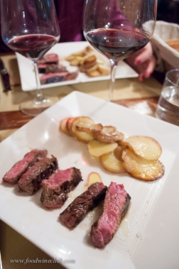 Even in an informal wine bar, the food is well prepared, of course served with local wine.