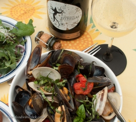 Steamed mussels are easy and delicious with any sparkling wine