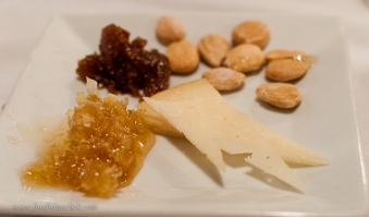 Easy dessert: honeycomb, quince paste, marcona almonds and a nice cheese