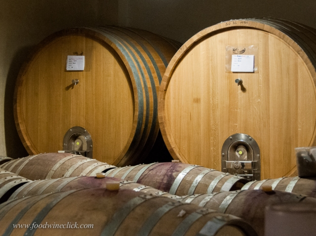 Many Barolo winemakers use both botte (the huge barrels) and barriques