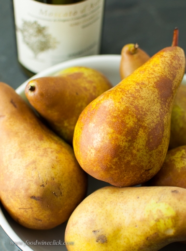 Start with baking pears, not too ripe. Maternassa (Piemonte) or Bosc (US)