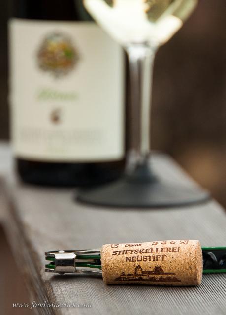 Does this look like an Italian wine cork??