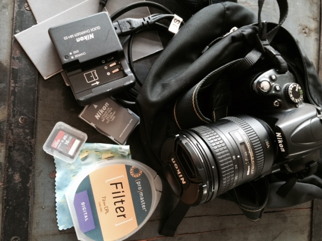 Big, heavy camera bag need not apply! Everything you need for top quality, on-the-go photos