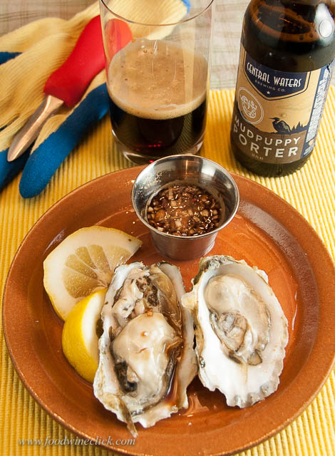 Thanks to Elaine Brown (Hawk Wakawaka), we tried a Porter with oysters. Yep. Balsamic mignonette rocks!