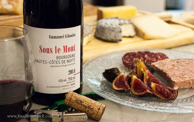 Bourgogne rouge with Mothais sur Feuille goats milk cheese and ripe, fresh figs.