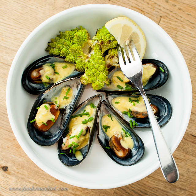 Being so close to the sea, mussels and oysters are freely available.