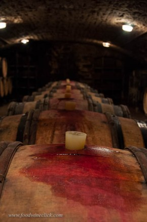 The Bourgogne Rouge ages exclusively in old barrels.