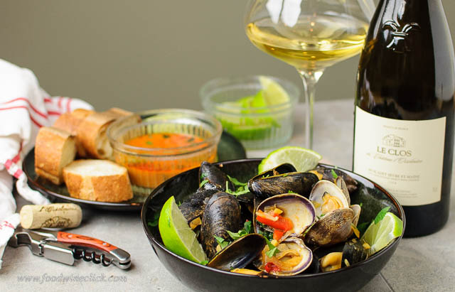 Thai red curry mussels with Muscadet Sevre et Maine