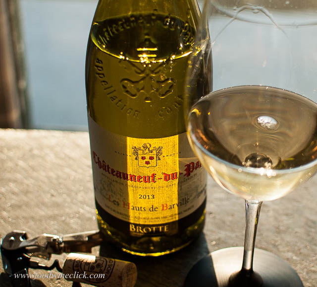 Less known than the red, there's also a White Chateauneuf-du-Pape