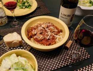 Class up your jar of spaghetti sauce with some Italian made pasta and a nice Langhe Nebbiolo!