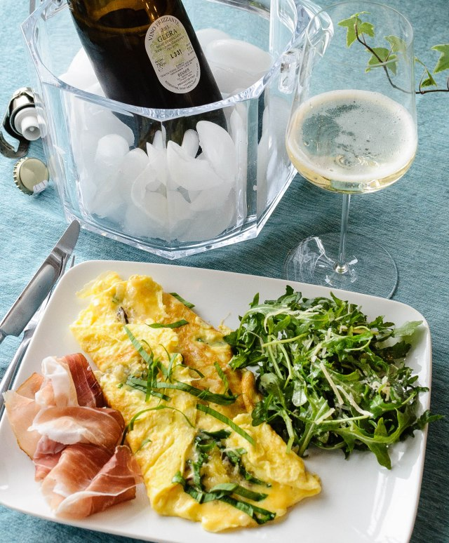 Prosecco wine and omelet brunch