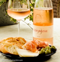 Bertani rosé with apertivo plate