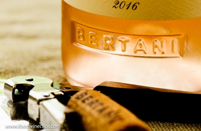 Bertani rose bottle