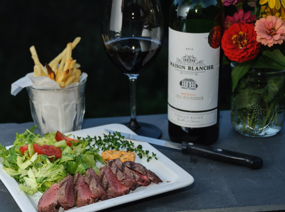 Entrecote frites and a Bordeaux wine