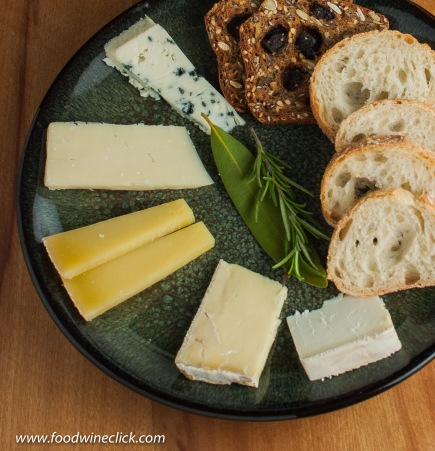 bedrock chardonnay & cheese plate-14