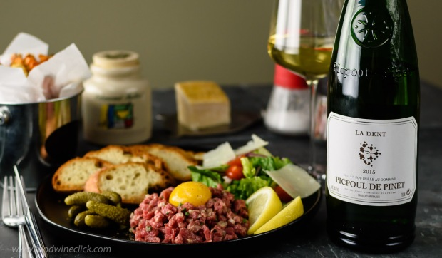 Picpoul de Pinet paired with steak tartare