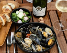 We like a mix of manilla clams and mussels. How about you?