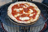 Primo Ceramic Grill cooking a pizza