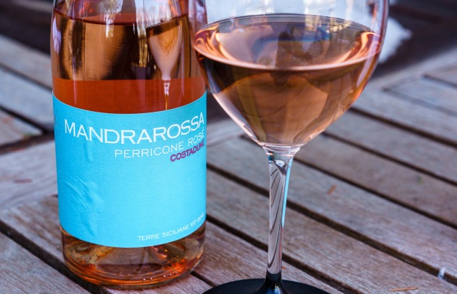 Rosé wine from Sicily