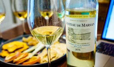 Château de Marsan Bordeaux Molleux 2017 - Off-dry, nice acidity. It's an off-dry Bordeaux Blanc, 80% Semillon 20% Sauvignon Blanc. No botrytis