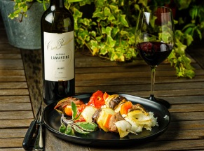 Beef with slowly roasted veggie skewers made a perfect match for this well structured Cahors wine.