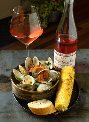 Delicious with steamed little neck clams!